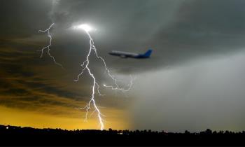Bisakah Pesawat Tersambar Petir